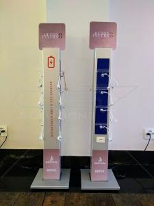 Torre Carregador para Celular no Lançamento Santista Artex Outono Inverno 2018